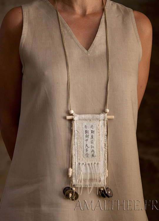 Vintage linen necklace with ethnic bone beads Joyas