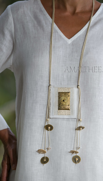 Linen pendant with ethnic beads Joyas
