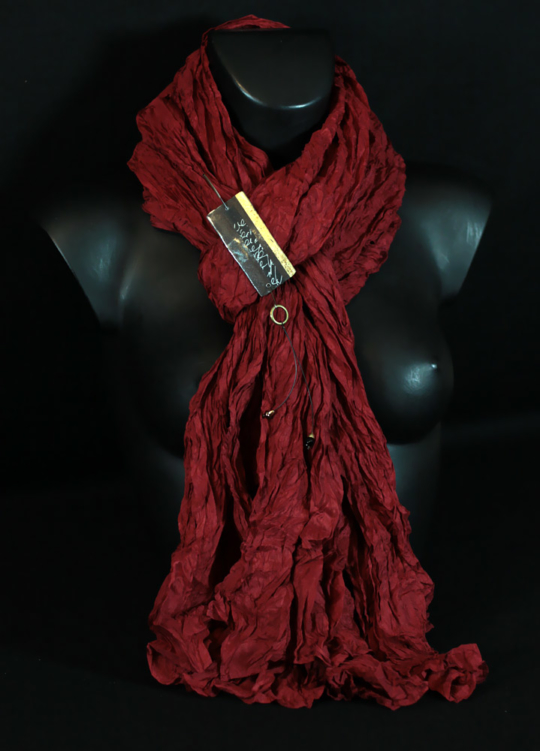 long  scarf of fine silk red poppy. Looks
