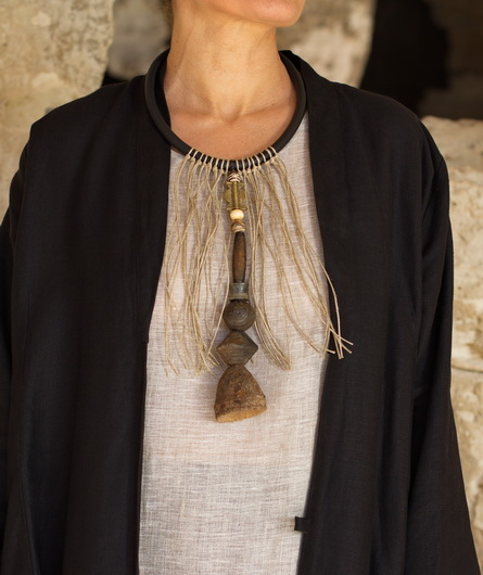 Necklace: one of a kind, gorgeous old spindle whorl clay beads Joyas