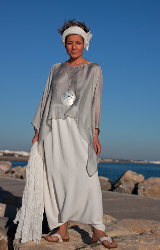 loose fit: Ice blue veil silk tunic and mixed linen harem pants. Looks
